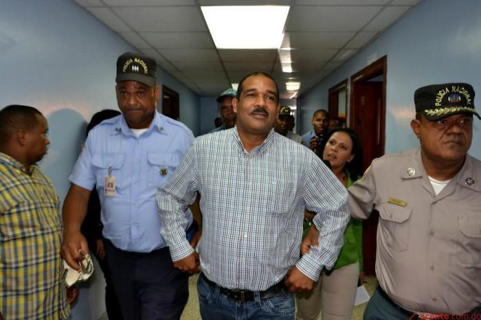 Ratifican prisión preventiva contra ex alcalde de Bayaguana
