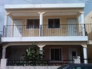 Apartamento en que reside José S. Samuel Vásquez, el cual fue allanado.