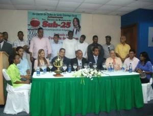 Rueda de prensa de la Asociación de Clubes de Santo Domingo Oeste (Aclusdoeste) sobre el torneo Sub 25.