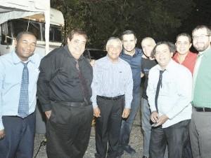 Al finalizar el rodaje, Roberto Ángel recibió la visita de su padre Roberto Salcedo.