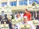 Los manifestantes acudieron al TC.