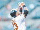 Nelson Cruz celebró ayer su cumpleaños 34 con su jonrón 26 para los Orioles.