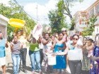 Mujeres protestaron en las calles.