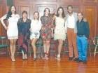 Yorlla Castillo, Olga Bucarelli, Liz Soto, Hony Estrella, Lumy Lizardo, Johnnié Mercedes y Juancito Rodríguez.