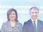 Margarita Cedeño junto a Andrea Gallina.