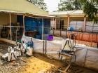Una zona de descontaminación en la clínica de Hasting está vacía en momentos en que disminuyen los casos de ébola en Freetown, Sierra Leona, el 23 de enero del 2015.