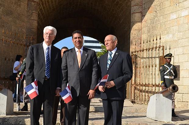Wilton Guerrero, Francis Vargas y Rafael Calderón.