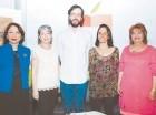Ylonka Nacidit Perdomo, Elizabeth de Puig, Carlos Reyes, Nelia Barletta y Verónica Sención.