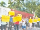 Manifestantes piden respeten área.