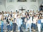 Vargas comparte con salesianos y jóvenes en el Colegio Don Bosco.