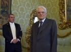 El nuevo presidente italiano Sergio Mattarella posa para los fotógrafos en el edificio del Tribunal Constitucional en Roma el 31 de enero del 2015.